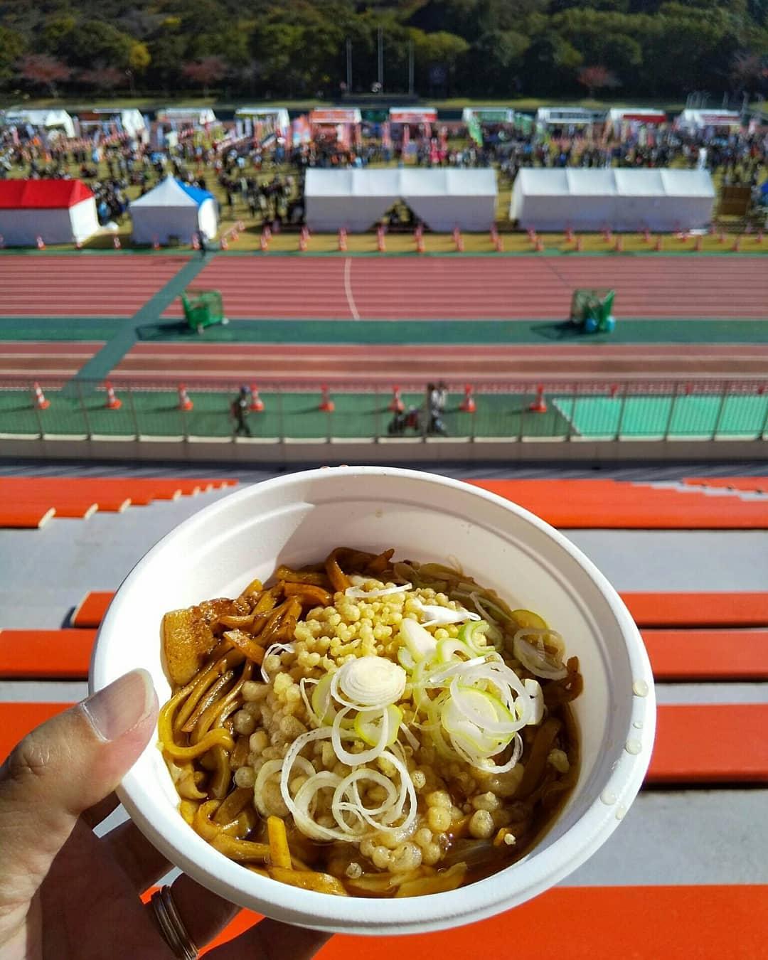 遅ればせながら先月 #明石公園 と #明石市 役所周辺で開催された #B1グランプリ で食した #B1グルメ  です。待ち時間も短くて快適に楽しめましたっ! #明石市制施行100周年